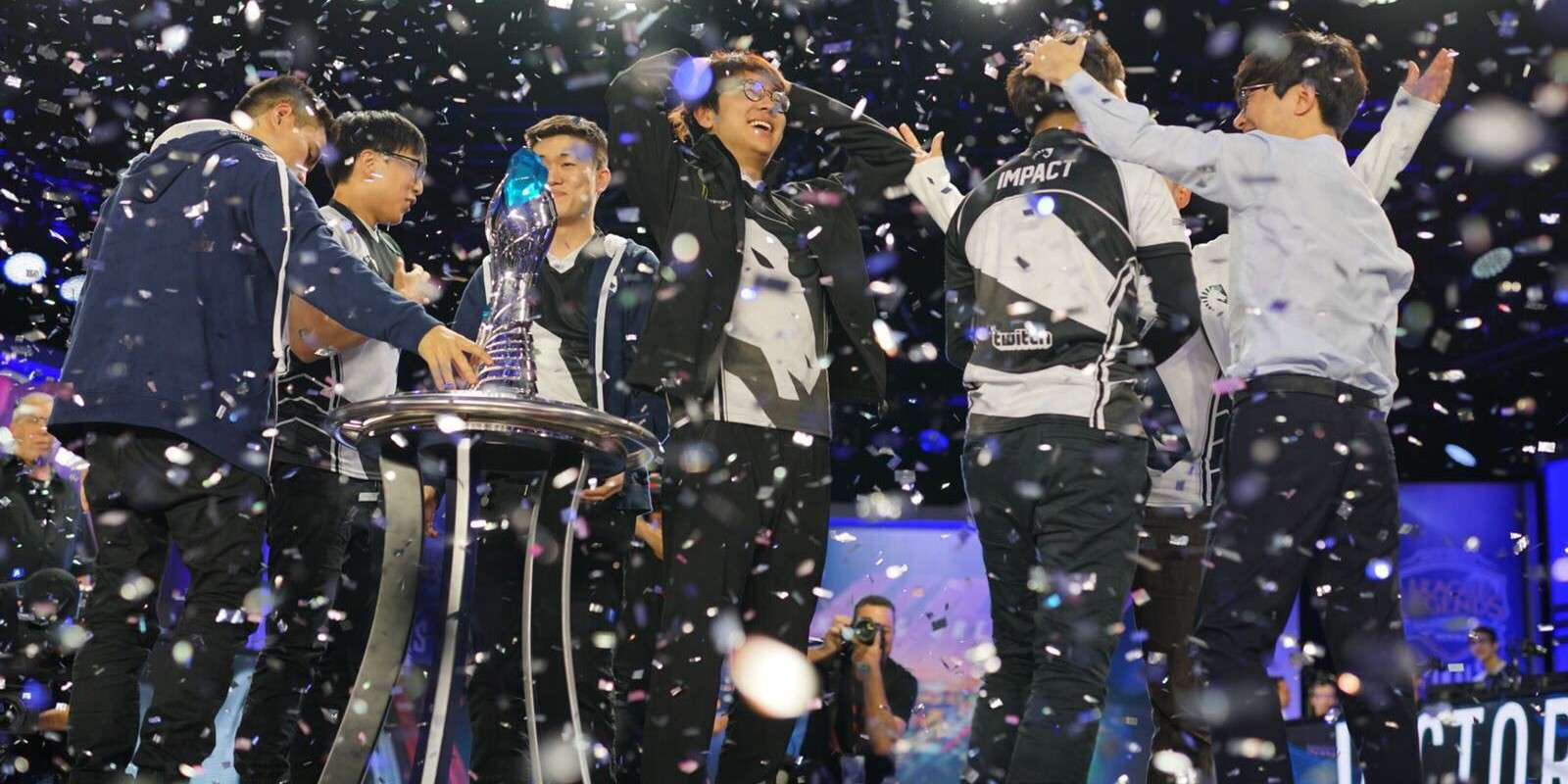 Pictures of Team Liquid and Fnatic League of Legends winning the LCS Spring Split