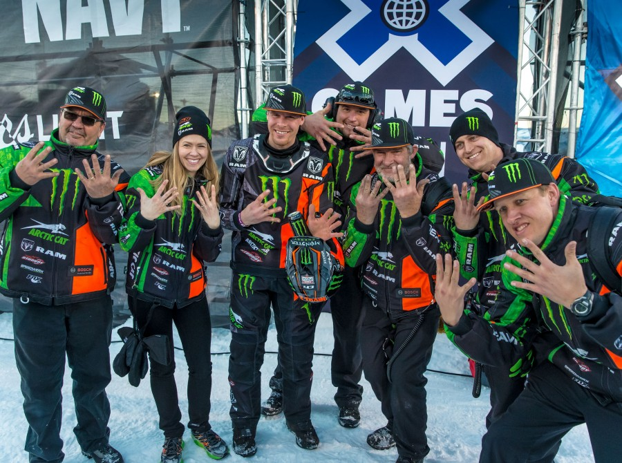 Tucker Hibbert takes gold at Winter X Games 2016