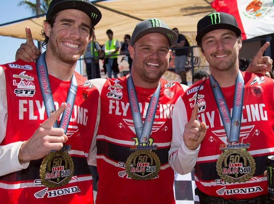 Team SLR Honda places 1st in his class at the Baja 500