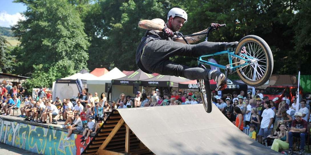 Charity Jam is a traditional BMX competition organised to collect money for disseased people taking place in Brumov BMX park.