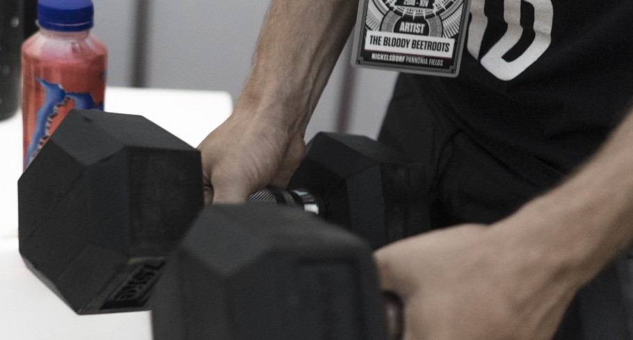 The Bloody Beetroots, backstage, weights