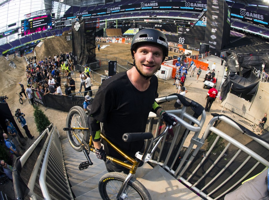 Brian Fox wins bronze for the BMX Dirt competition at X-Games