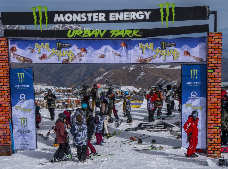 Monster Energy Rail Squad 2018.  National Freestyle Snowboard and Ski competition in Chile.