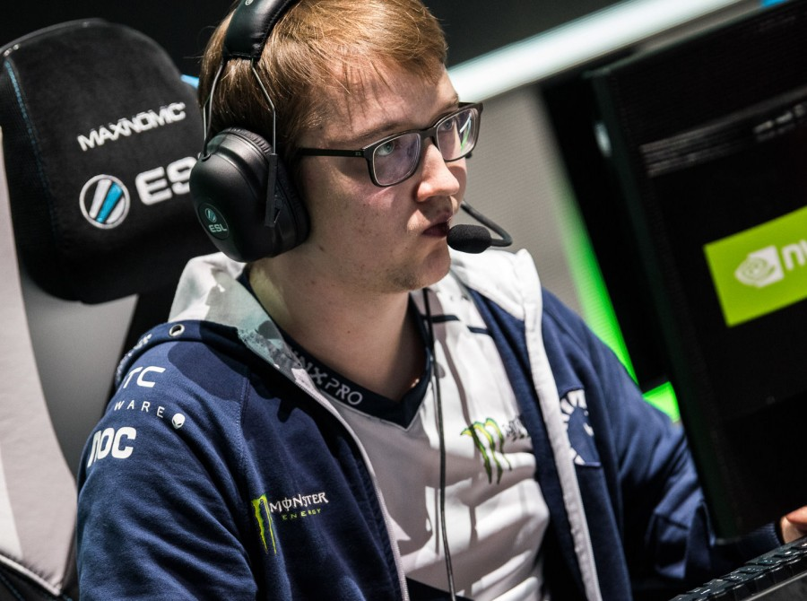 Photos of Team Liquid Dota 2 at the ESL ONE Hamburg Major