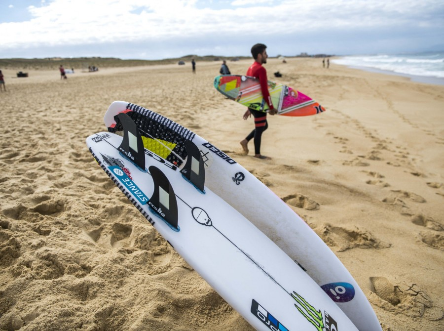 Filipe Toledo surf images for This Way In Pro in France