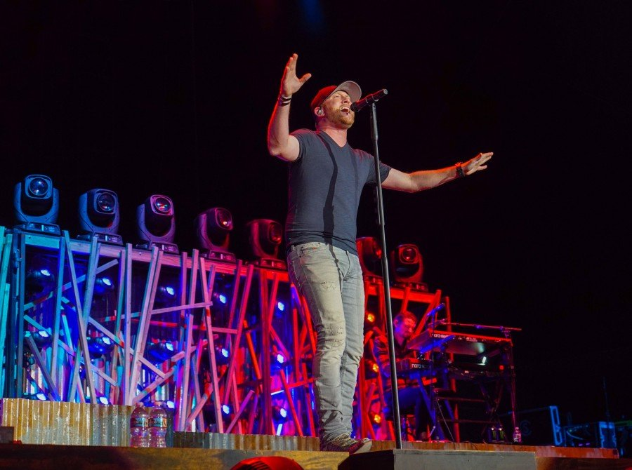 Cole Swindell at the 2017 Stagecoach Festival