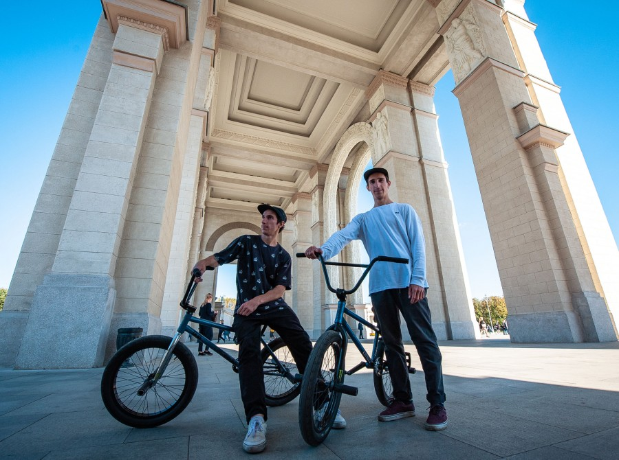 images from shooting of the video Reflect , new BMX project from Richard Frone with Bespaly twins