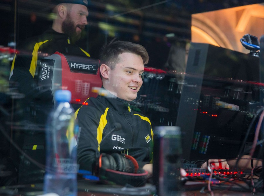 photos from day 2 Epicenter CSGO Gaming event in Moscow  Semi-Finals