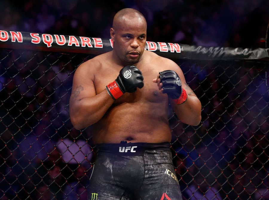 Images from the UFC 230 Cormier v Lewis: fight