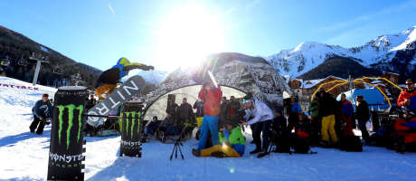 Pictures from the Hungarian Snowboard and Music festival held in Les Orres France