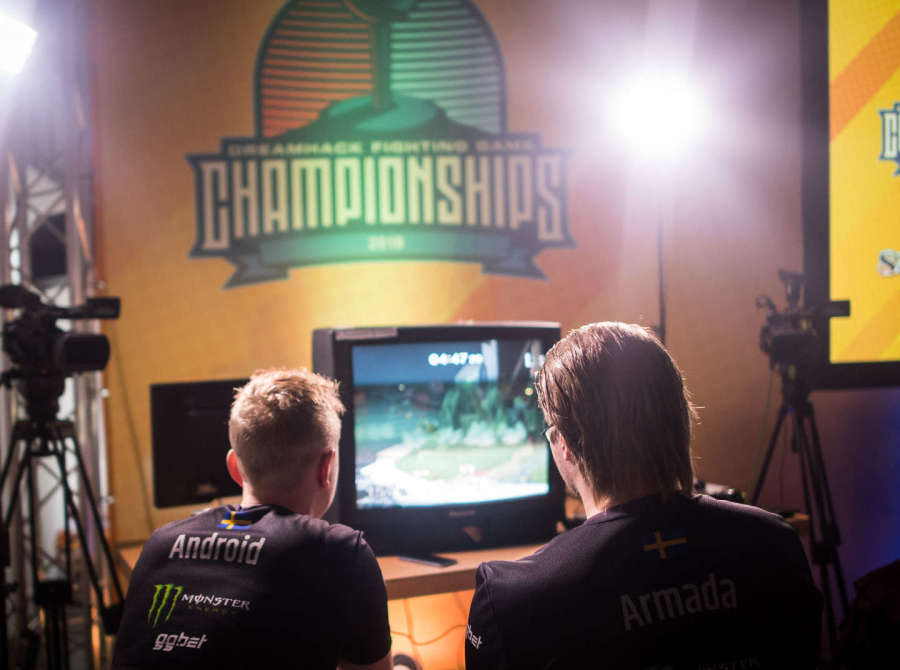 Photos of Alliance Super Smash Brothers players, Armada and Android