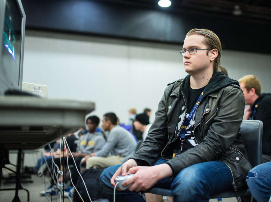 Photos of the Alliance Smash Brothers players, Armada and Android