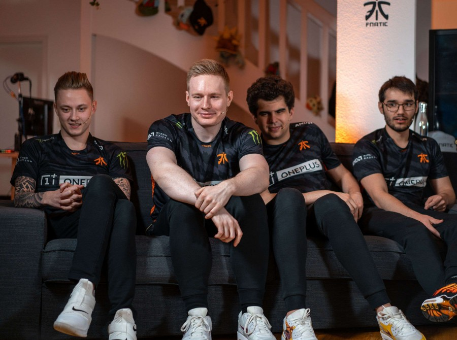 Fnatic League of Legends at their ONE PLUS launch event in Berlin Germany at the team house.