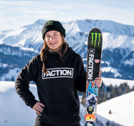 Action pics of Sarah Höfflin, Freeski, Adelboden Switzerland