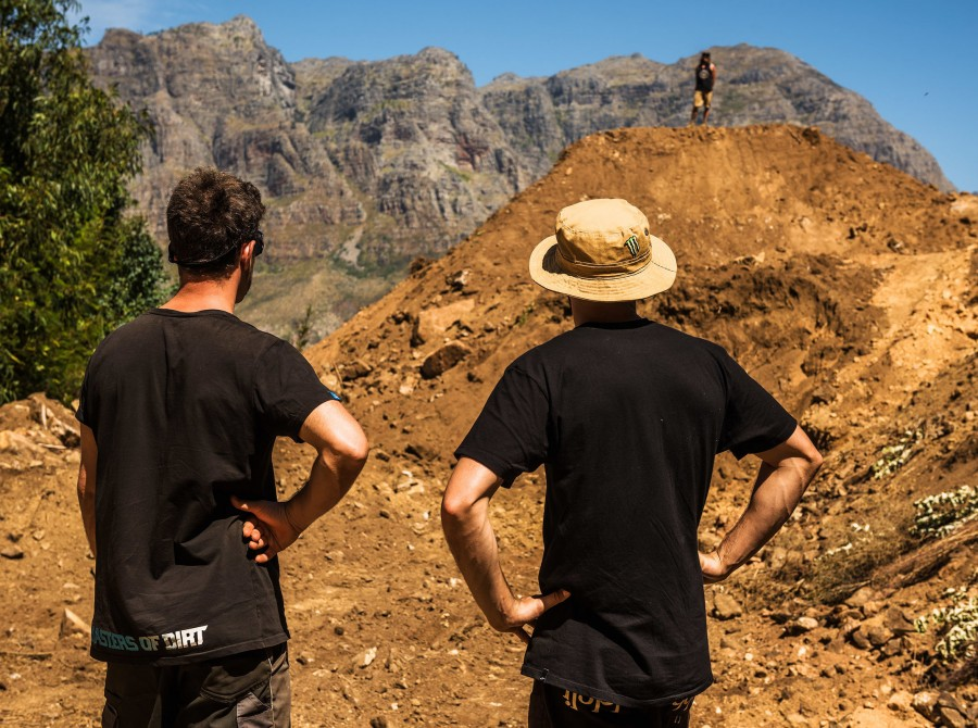 DarkFEST 2019 - Checking in during week 2 of building the course with Sam Reynolds, Nico Vink and Clemens Kaudela.