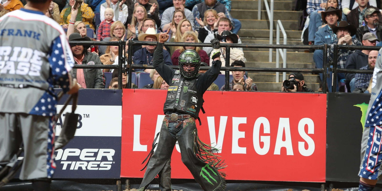 Images from the St. Louis PBR Unleash the Beast