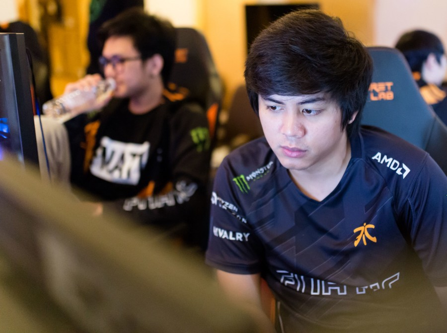 Pictures of Fnatic Dota 2 as they participate in the Kulala Lumpur Major