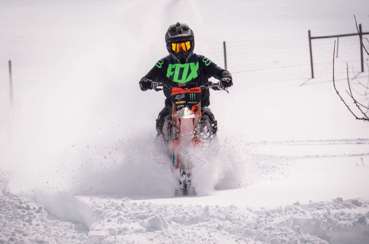 Action and lifestyle of Kyle Demelo World's first Snowbike front flip
