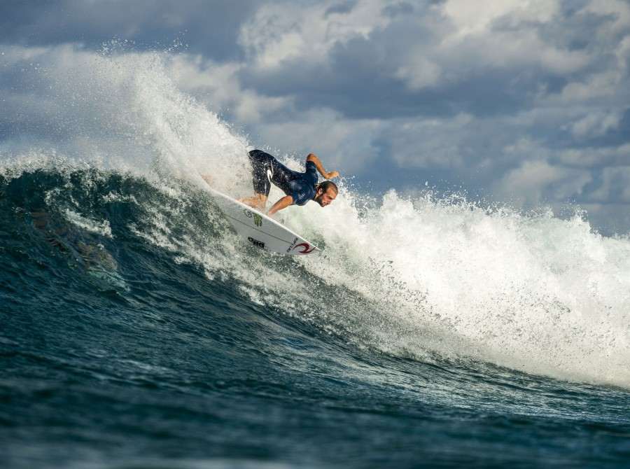 Doesn't it seem like forever since the last WSL Championship Tour event? Well, after the longest off-season in recent memory, it's back. The Quiksilver Pro Gold Coast kicks off the first event of the 2019 season and oooo-wee, what a season it's shaping up