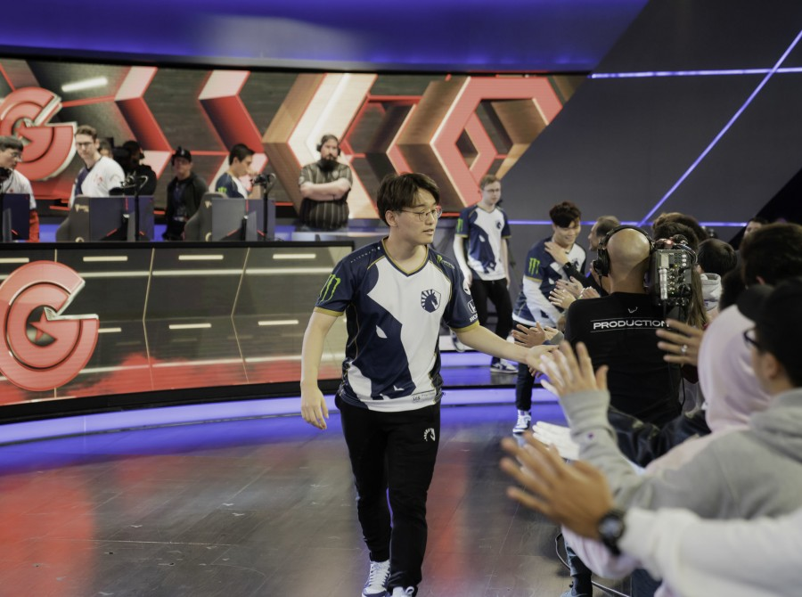 Photos of CoreJJ competing in the North American LCS Spring Split.