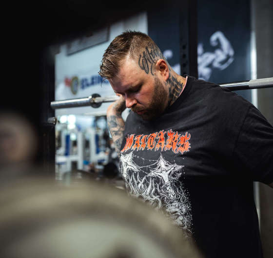 pictures taken at IntelliigentStrength (das GYM) during a training session with Nasty who were playing at Impericon Festival Vienna