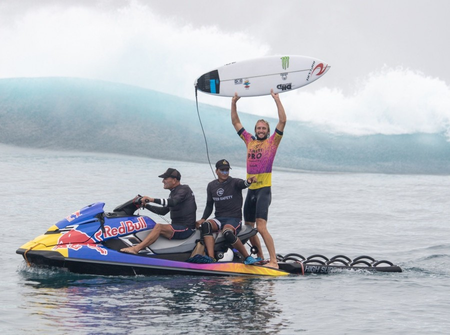 Call it poetic justice. Last year, Gabriel Medina snuck an inside wave to beat Owen Wright in the dying seconds of the Tahiti Pro. Owen was dumbstruck. And yeah, the loss ate at him a little. This year, after both Medina and Owen bulldozed through the ear
