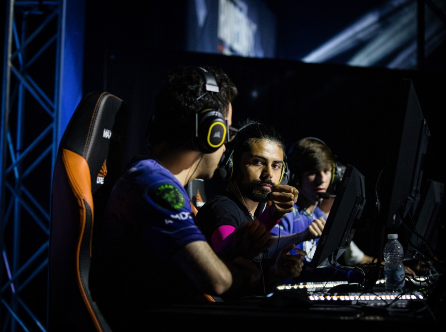 photyos from day 2 of dreamhack Montreal