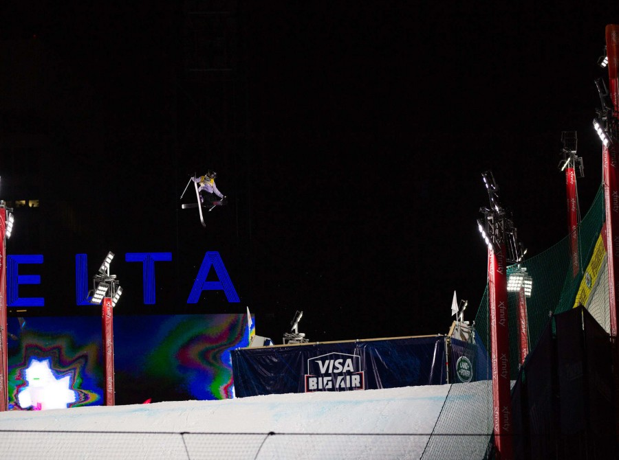 Images of Giulia Tanno from Atlanta Georgia finishing 2nd at the Ski Big Air.