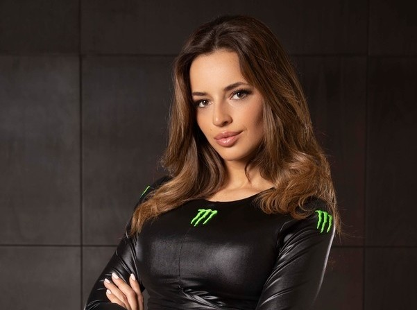 Monster Girl photoshoot in Dubai