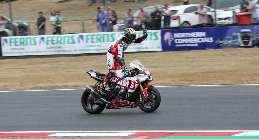 Shots from BSB in Brands Hatch 2018
