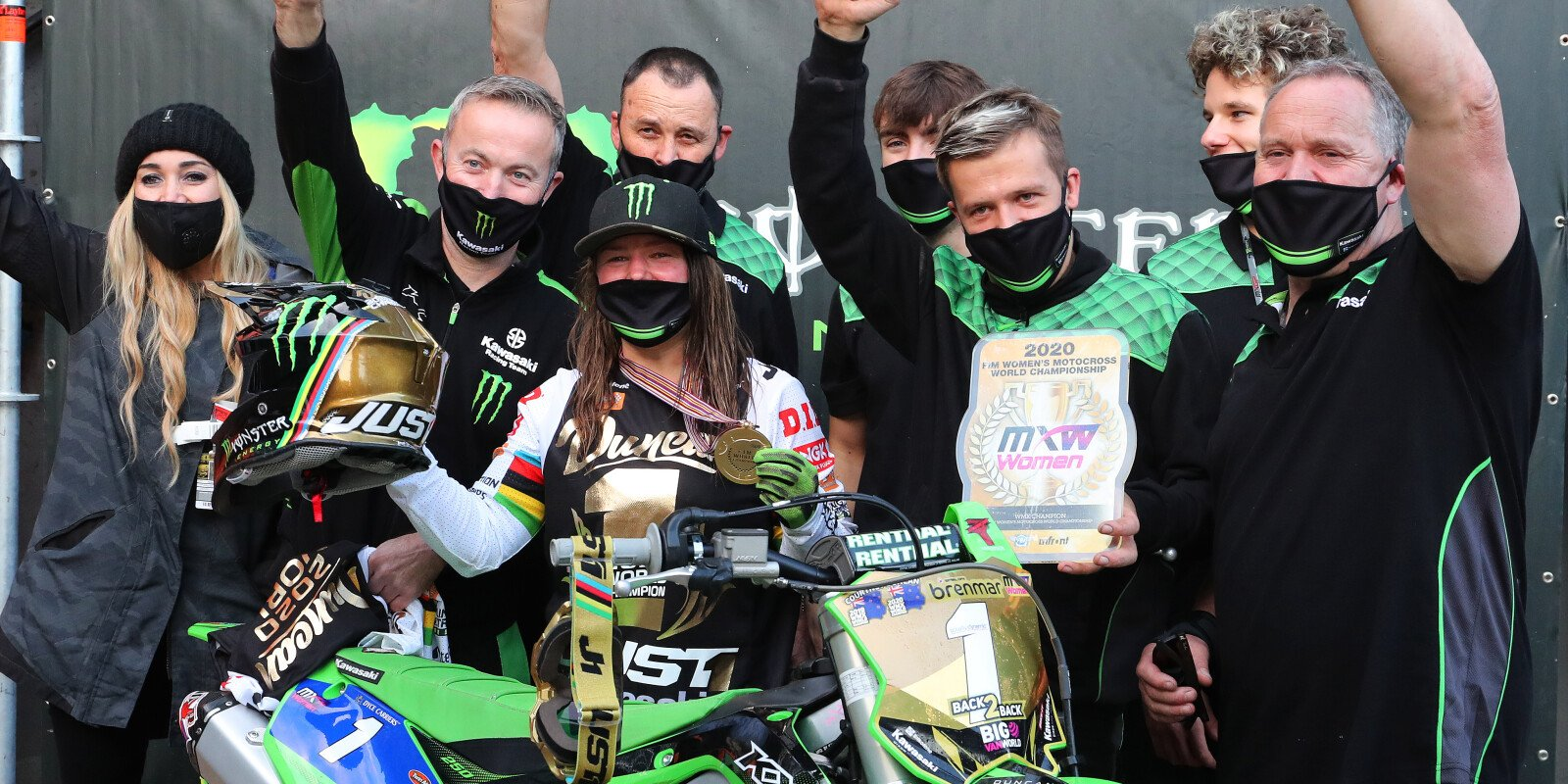 Images of Courtney Duncan winning the 2020 WMX title