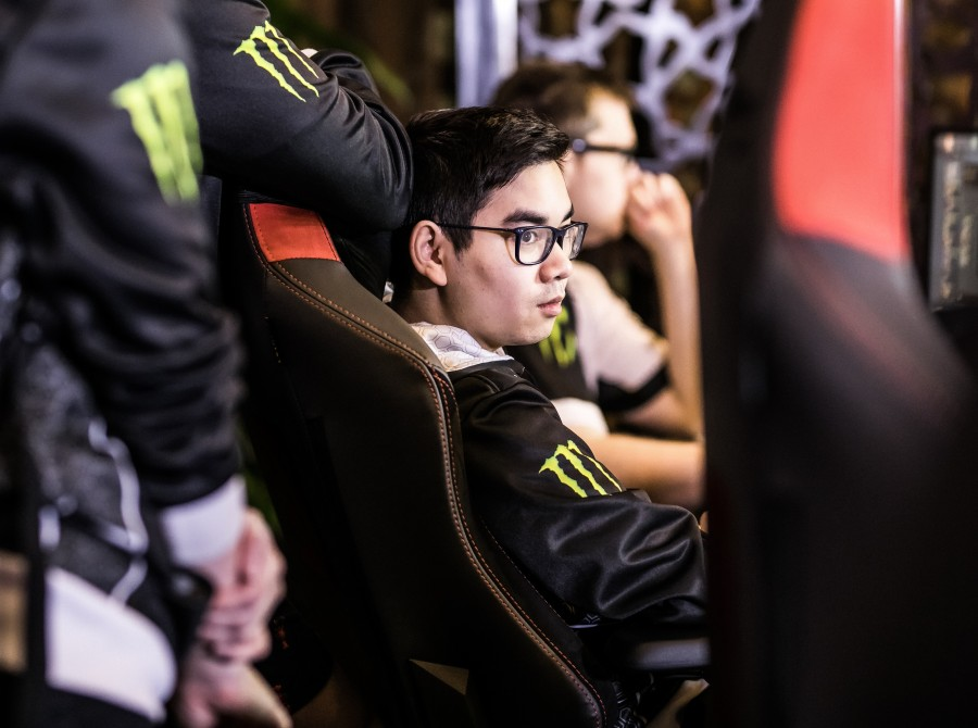 Photos of Alliance's Dota 2 roster playing in MDL Chengdu, the second major of the Dota 2 Pro Circuit. They placed 5th-6th.