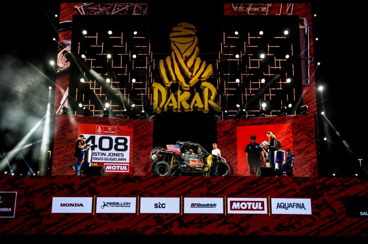 Podium and Stage 12 images of the Monster Energy Can-Am Team on the 2021 Dakar