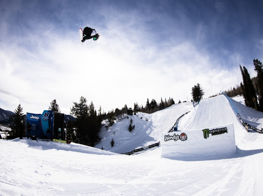 Image assets from Day 1 from Women's Snowboard Slopestyle on 2021 X Games Aspen Colorado.