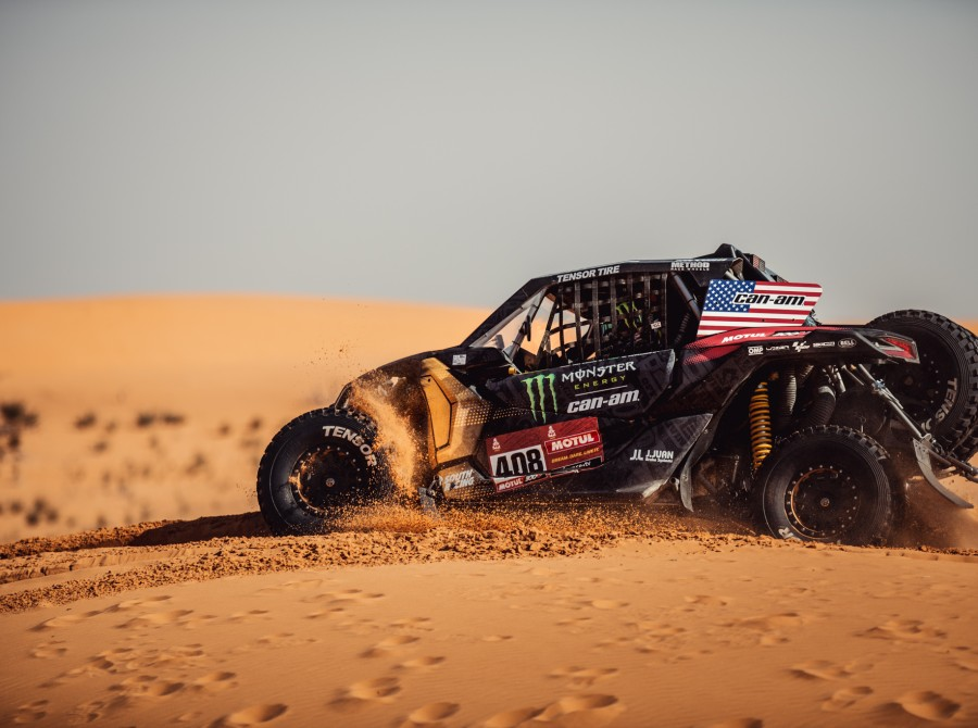 Images from day six / stage 6 at the 2021 Dakar Rally in Saudi Arabia