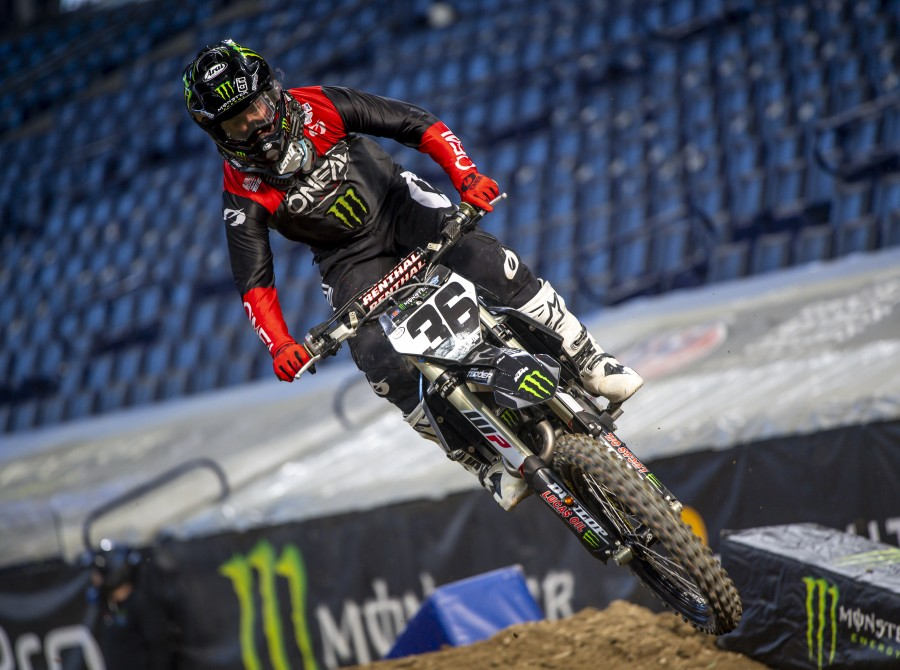 Shots from SX  Indianapolis