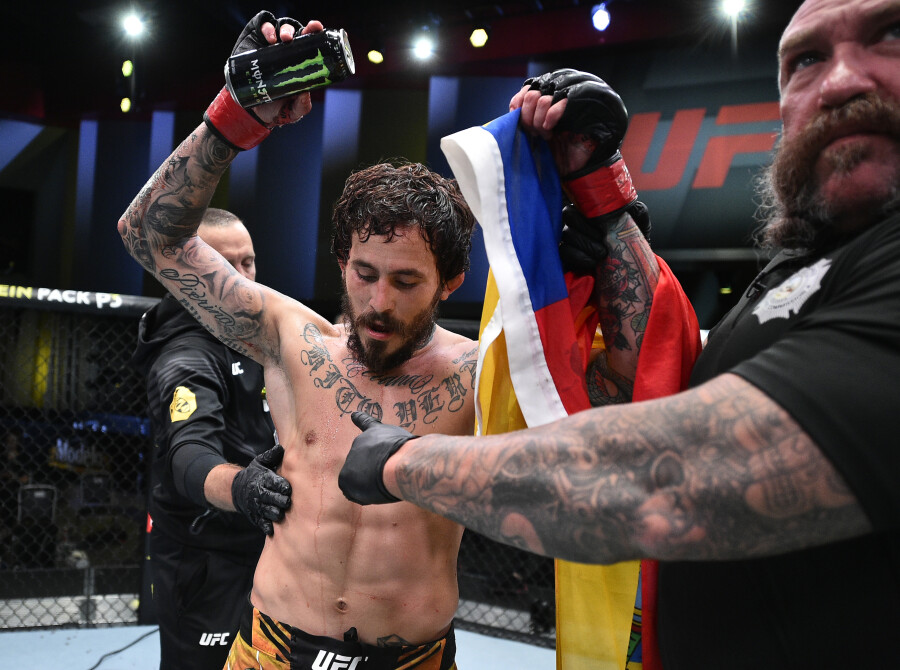 Marlon Vera of Ecuador warms up prior to his fight during the UFC Fight Night event at UFC APEX on June 19, 2021 in Las Vegas, Nevada.