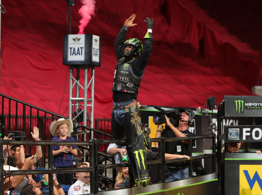 Jose Vitor Leme rides Barker Bulls/Hookin' W Ranch's Woopaa for a record breaking 97.75 during the 15/15 Bucking Battle round of the Tulsa Unleash The Beast PBR