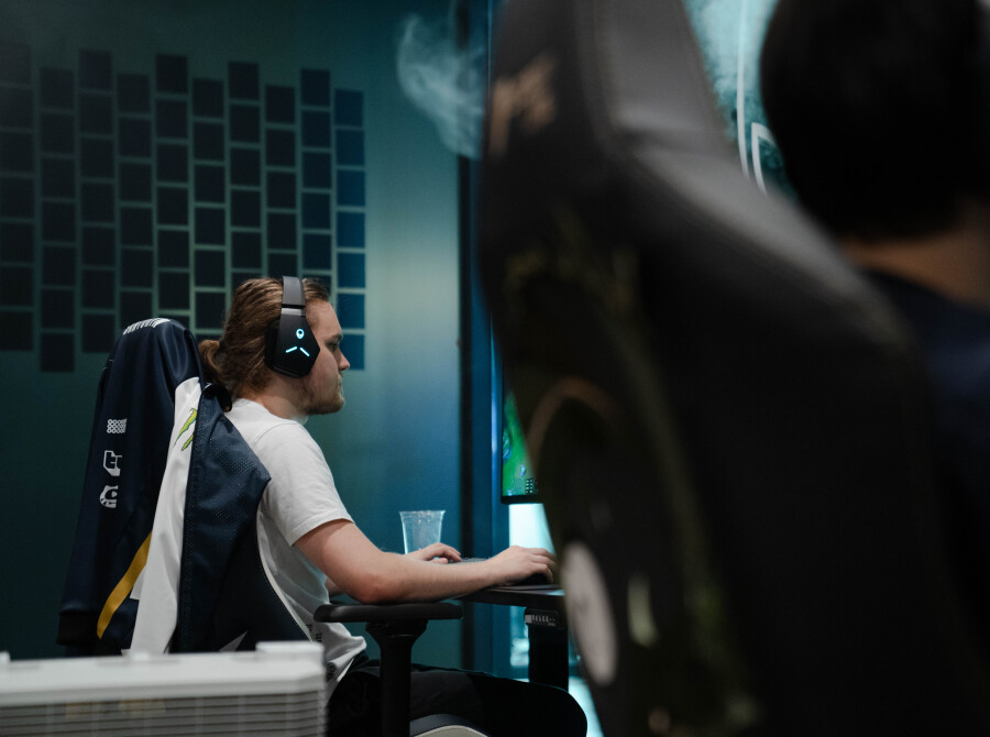 Photos of Santorin from Team Liquid's 2021 League of Legends team before heading to Worlds.